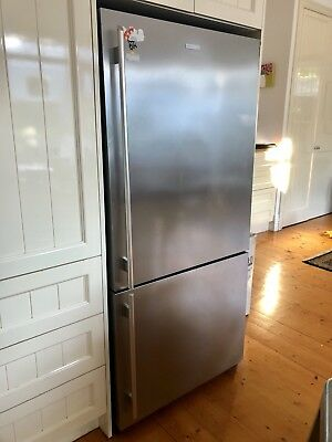 Electrolux 510L stainless steel refrigerator - bottom mount