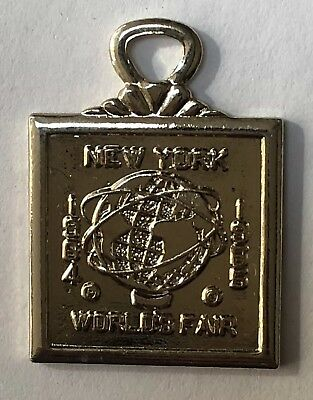 Vintage NOS 1964 - 1965 NEW YORK WORLD'S FAIR Souvenir Pendant Fob UNISPHERE