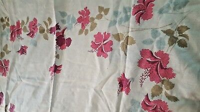 """Vintage Mid Century Linen Printed Floral Tablecloth 51"""" x 70"""""""