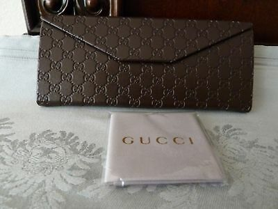 Gucci Sunglass Eyeglass Case Brown Leather Tri Fold Button Case NEW Authentic