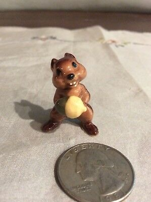 Vintage Hagen Renaker Chipmunk With Acorn Retired