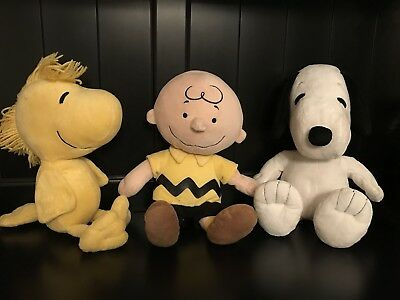 Kohl's Cares CHARLIE BROWN SNOOPY WOODSTOCK Plush Stuffed Toys PEANUTS
