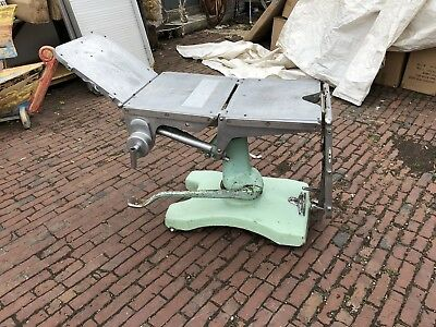 Allen And Banbury Mid-Century Surgical Operating Hydraulic Table
