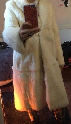 Beautiful vintage white real fur coat fits approximately uk 10
