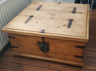 Handmade Bespoke Rustic Wooden Trunk Chest Coffee Table Toy Box vintage antique