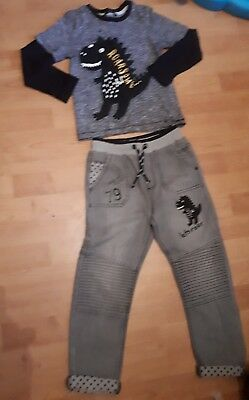 Boys george dinosaur outfit jeans brand new 5-6 years
