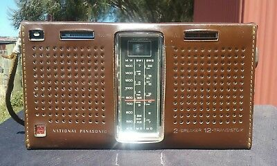 Vintage NATIONAL PANASONIC 12 TRANSISTOR  Radio.  Model  R - 357D. Working.