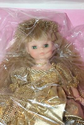 New Madame Alexander Doll #1561 'Samantha Gold' Brand New in Box