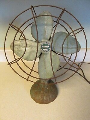 Vintage Kenmore Cat. No. 305.8032 Desk Top Fan With Oscillating Feature 5-48 Usa