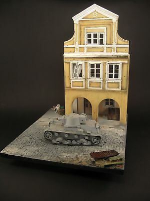 Diorama base in 1:35 scale, street with ruins