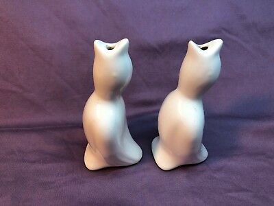 "Pair of Vintage Gloss White Porcelain Ceramic Pie Birds 4"" Tall EUC"