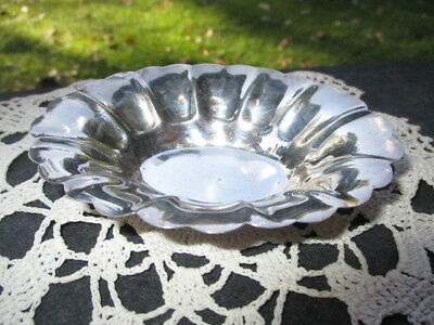 LIPMAN BROS STERLING SILVER INDIVIDUAL DIP SAUCE CANDY MINT DISH 32 grams 4.25""