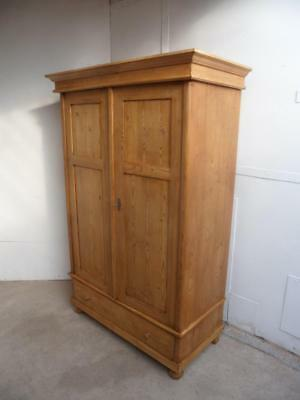 A Beautifully Waxed 2 Door Antique/Old Pine Large Knockdown Wardrobe