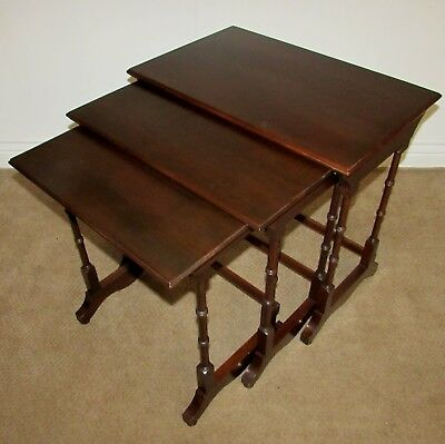 Ethan Allen Georgian Court Cherry Nesting Tables, Nest Of 3, End Table (A)