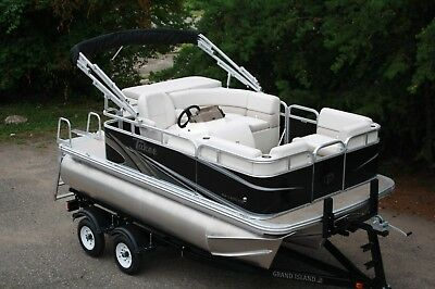Tri-toon--New 14 ft tritoon rigged with 60 hp and trailer ---- High quality
