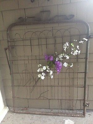 Vintage Cottage / Garden / Farmhouse Gate ~ Rusty Patina ~ Old Paint