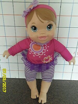 Baby Alive Plays n Giggles interactive doll Approx 9 inches tall. Hasbro 2013