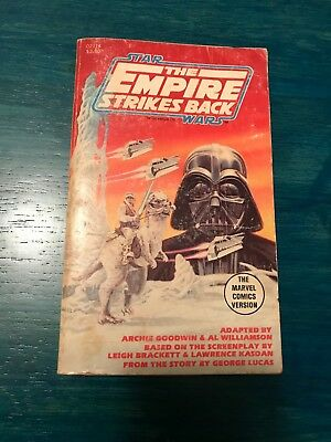 THE EMPIRE STRIKES BACK Star Wars Marvel Comics paperback book adaptation