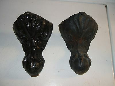 Set of 2 cast iron clawfoot legs for a stove or bathtub very nice LOOK!!!!!!!!!