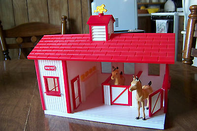 "Breyers Toy HORSE STABLE Barn  Red White 8"" tall 3 stalls + tack room"