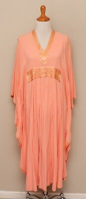 Vintage 1970s Womens Small-Large Peach Caftan