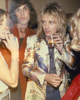 Queen Freddie Mercury Roger Taylor party together 8X10 Photo