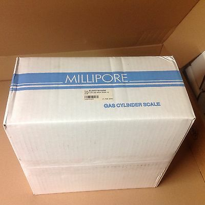 Millipore Span Gcs-300 Gas  Cylinder Scale  Sam-305 Amplifiers