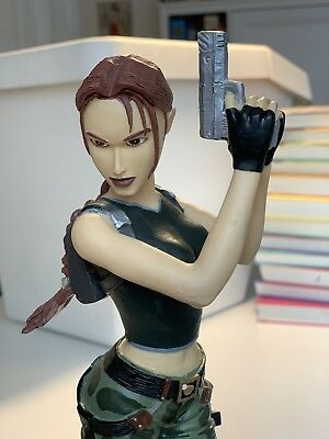 Lara Croft - Figur - Angel of Darkness - Tomb Raider