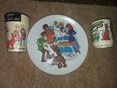 SCOOBY DOO Hannah Barbara vintage cup, plate, and party paper cups 1972 & 1978