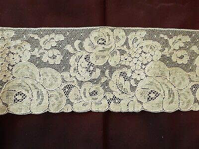 "Beautiful 1930's LACE EDGING Floral design Width 3 1/2"" SOLD BY YARD"