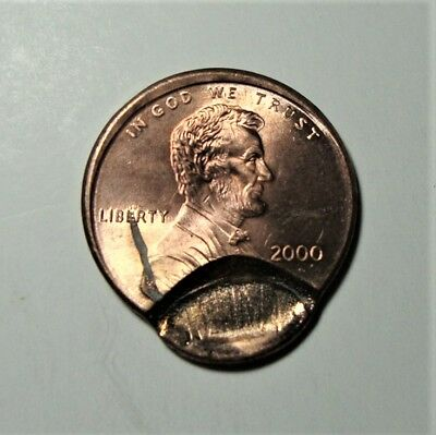 BRILLIANT RED!! 2000 Lincoln Cent Very Ch. BU - Off Center Strike w/ Obv. Indent