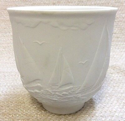 1997 Lladro Collectors Society White Porcelain Cup circled by sailing ships MINT