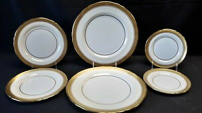 Aynsley Sandringham Scalloped B3830 - 2 Dinner 2 Salad & 2 Bread & Butter Plates