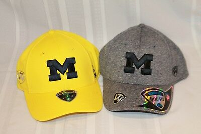 2 Top of the World Michigan Wolverines Memory Fit Size Med / LRG 1 Gold 1 Grey