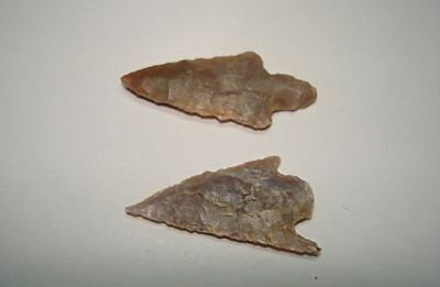 EXTREMELY ANCIENT FLINT ARROWHEADS!  5000 years old! 3000BC~~~no reserve