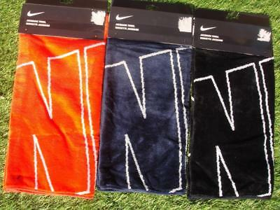 Nike Graphic Jacquard Golf Towel Was £25 Only £12.99 + Free Nike Tees & Marker