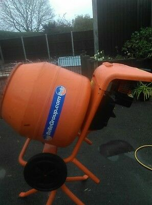 Belle Minimix Petrol Concrete / Cement / Mixer Briggs and Stratton petrol eng