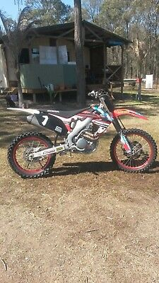 2011 CRF250R Fuel Injection Honda