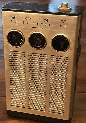 Vintage Sony Tr-817 Super Sensitive Transistor Radio