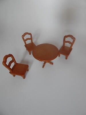 Sylvanian Families - Table and three chairs - Epoch