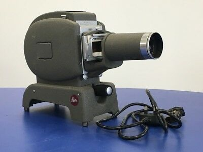 Leitz / Leica  Prado 250 Projector For 35mm Slides