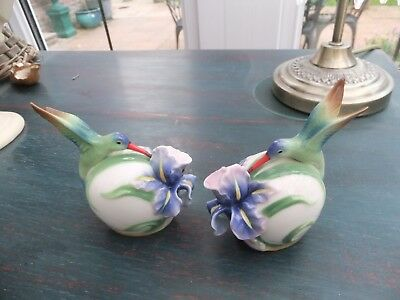"RARE PAIR FRANZ PORCELAIN ""SALT & PEPPER SHAKERS"" with LONG TAILED HUMMINGBIRD F"
