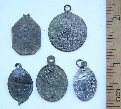 Group Of Ancient Old Catholic Medallion Pendant Scapular Szkaplerz (DEC02)