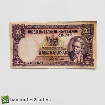 NEW ZEALAND: 1 x £1 Reserve Bank of New Zealand Banknote. 1940-67.