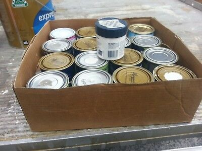 Box Of Aprox 8 Litres Of Mox 500 Mil Cans Of Paint   Mix Color Paint