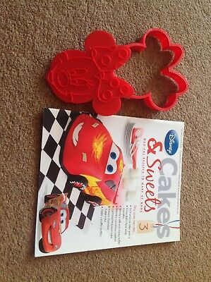 Disney Cakes And Sweets Magazine Issue 3 With Minnie Mouse Cookie Cutter
