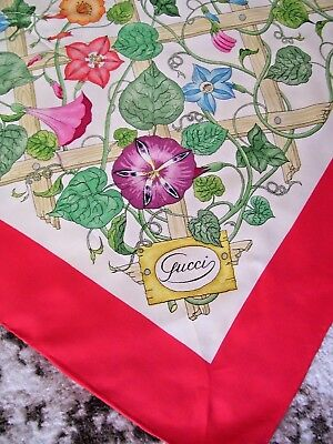 VTG GUCCI Italy FLORAL Hand Rolled LARGE 100% Silk SCARF 34 X 34