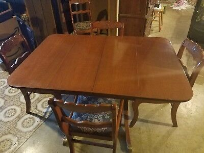 TELL CITY Mahogany table with 6 Rose backed Duncan Phyfe chairs and center leaf