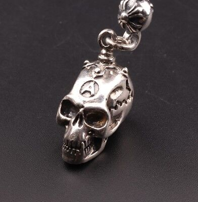 Stylish 925 Silver Hand-Carved Skull Statue Necklace Pendant Decoration