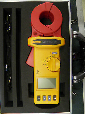 Fluke 1630 Earth Ground Clamp with Hard Case and Resistance Test Loop